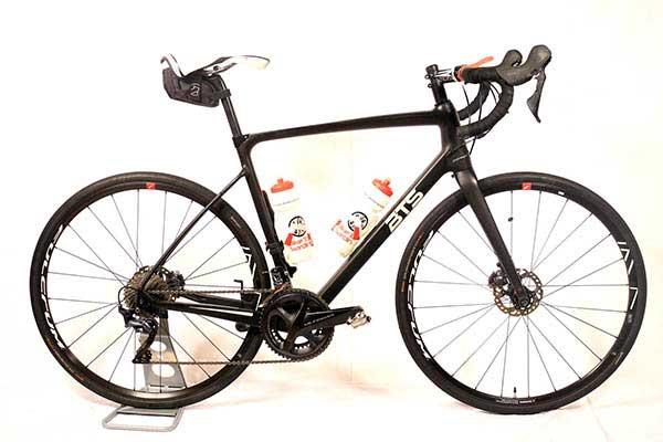 Cycling-in-Sardinia-Gravel-Bikes